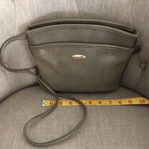 🌴3 for $15🌴Liz Claiborne purse